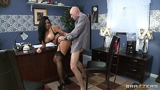 Audrey Bitoni spreads her legs to have sex in the office with her boss