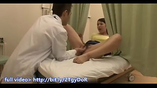 Doctor fucked beauty woman fast