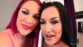 Carmen Croft & Paige Delight Suck On High Heels & Bare Toes