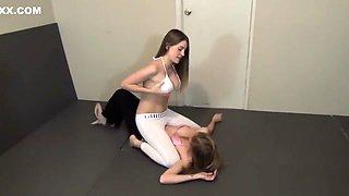 Sexy girls wrestling
