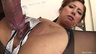 Japanese office porn with the slim secretary acting hot