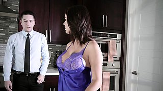 Brazzers - Real Wife Stories - A Fuck To Reme