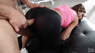 Big Tits And Nice Ass Brunette Gets Lots Of Hardcore Pussy Action