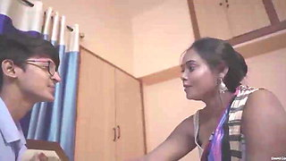 Desi Kamvali Bay Sunita Has Hardcore sex with Virgin Boy