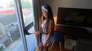 Desperate Filipina maid bangs the boss to get the job