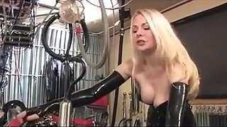 Milking machine and electrics