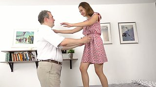 Big tittied step daughter Kecy Hill hooks up with her old step daddy
