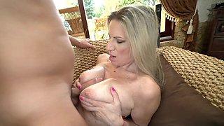 Hot cougar Conchita sucks cock and gets fucked