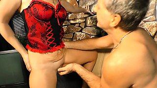 XXXOMAS - Horny mature German gets pierced pussy banged hard