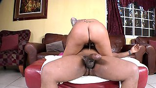 Raunchy tattooed porn chick Mason Moore gets a huge black knob