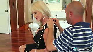 Leah l&#39amour cuckold