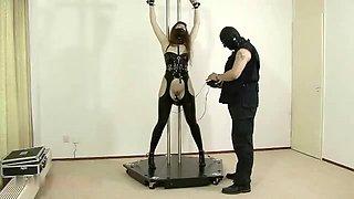 S&M Latex - Anal Training