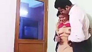 Tamil wife cheating with boss at iffice
