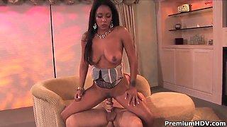 Exotic brunette Dee pleasures her filthy stepdaddy