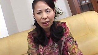 Busty Japanese Granny Takiko YUzawa