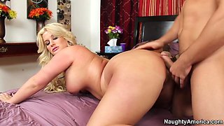 Julie Cash & Johnny Castle in Ass Master Piece