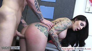 Bodacious office slut Darling Danika gets fucked by her horny colleague