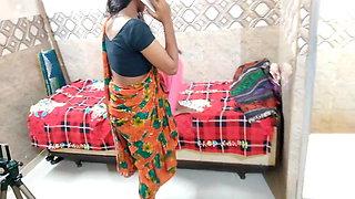 Desi bhabhi bad talking to devar telling him to fuck her pussy