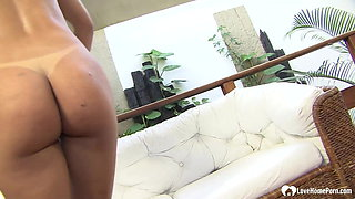 Incredible beauty likes to get ass fucked