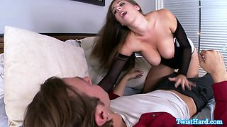 Busty glamour sweetie titfucked until cumshot
