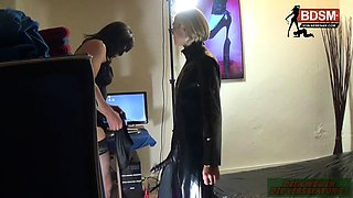 German crossdresser by strap on blowjob and anal plug
