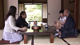 Petite Japanese teen Marin Aono depthroats old guy