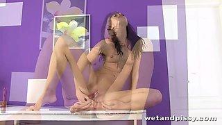 Having got naked long legged brunette Leyla Peachbloo is ready for solo