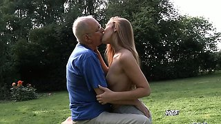 Grandpa cleans and fuck Alexis's shaved pussy