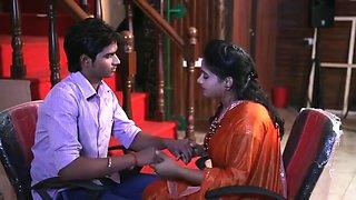 Indian aunty romance with her boyfriend